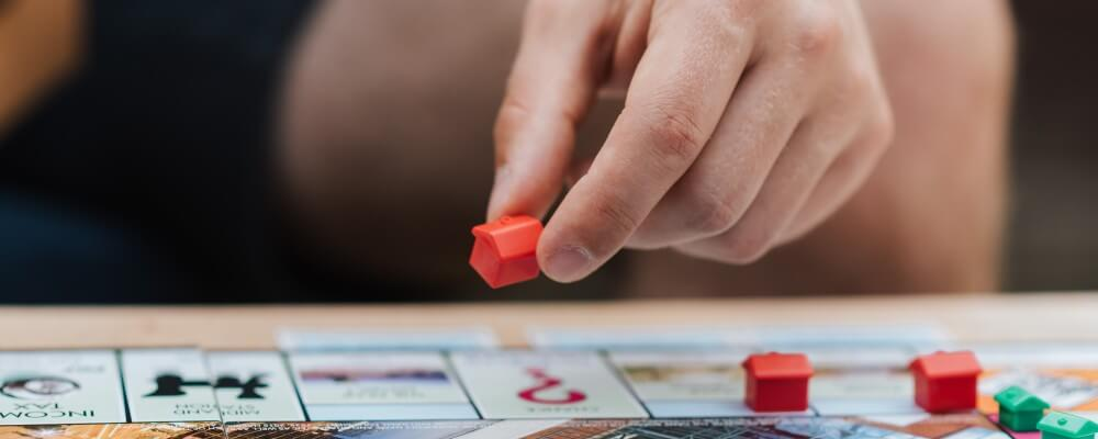 Play Monopoly by yourself